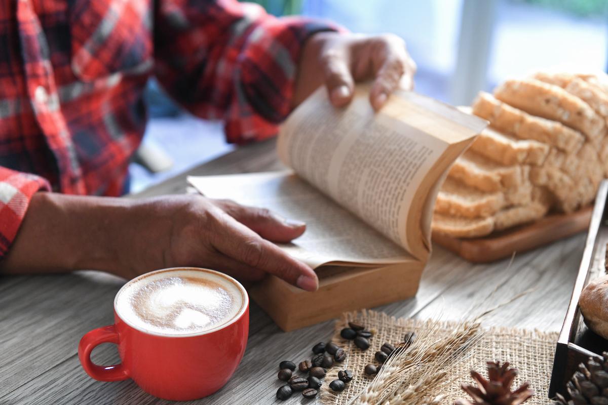 A leitura como ferramenta para sair da bolha branca e se unir à luta antirracista